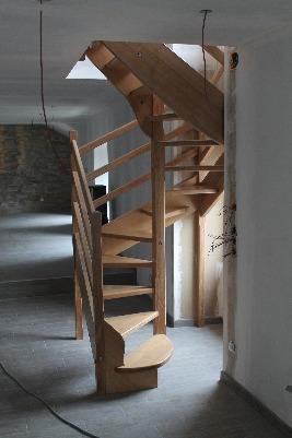 Escalier en colimaçon ou hélicoidale à base carré
